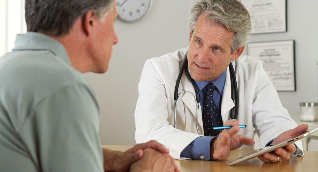 врач пациент мужчина