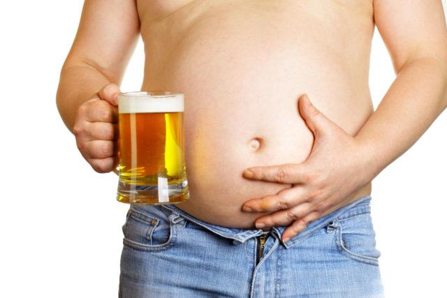 Для импотенции не нужно быть даже запойным алкоголиком, достаточно даже регулярно перебирать с выпивкой