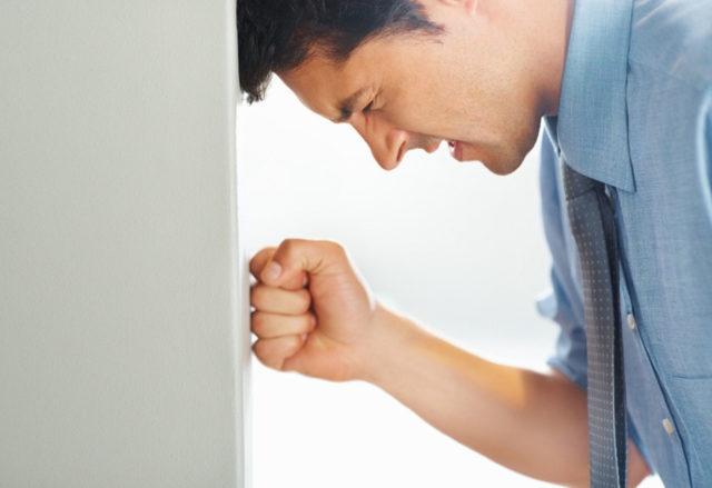 Самое опасное последствие отсутствия своевременных мер – это ухудшение потенции вплоть до полной эректильной дисфункции