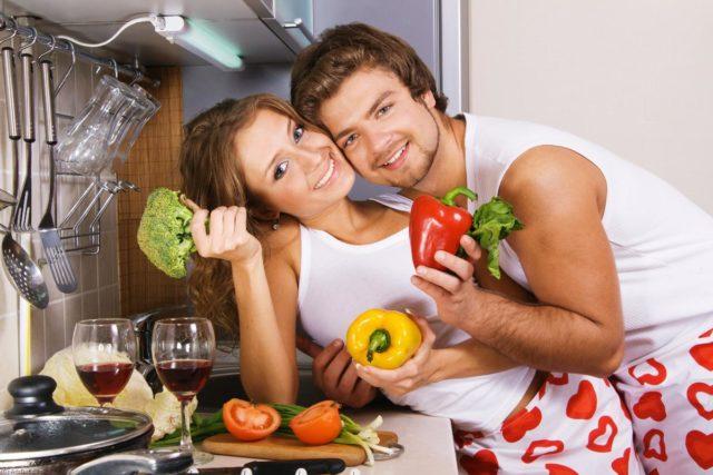 Когда в пищу поступают продукты, содержащие необходимое количество витаминов, минералов и полезных микроэлементов, то питание можно считать полноценным