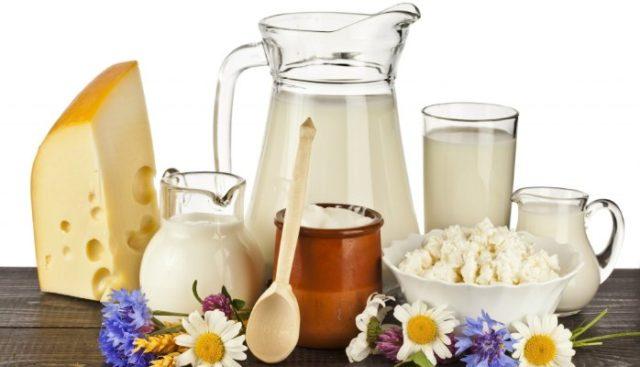 Помимо этих продуктов, положительно на здоровье мужчины отражается включение в рацион меда и орехов