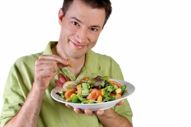 Именно вместе с продуктами питания человек получает все необходимые микроэлементы, минералы, витамины