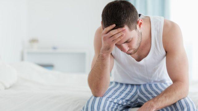 В такой ситуации мужчина начинает чувствовать большой дискомфорт, что влечет за собой сбой в сексуальной жизни пары