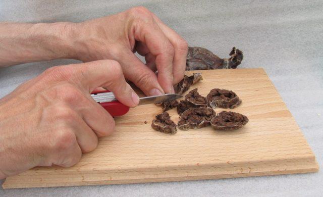 Нормализует кровообращение, улучшая приток гемалимфы к пещеристым телам половых органов