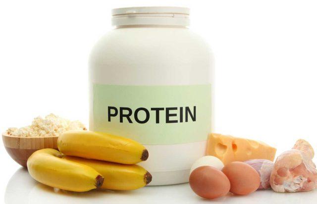 Производится он преимущественно из животных продуктов: молока, творога, яиц