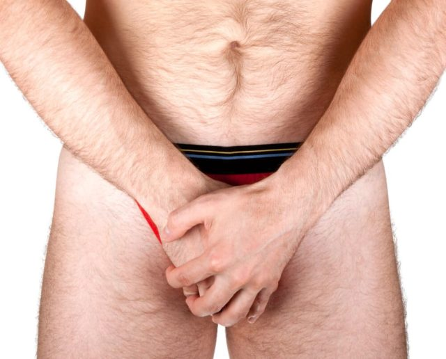 При регулярном профилактическом массаже половых органов риск возникновения импотенции заметно снижается