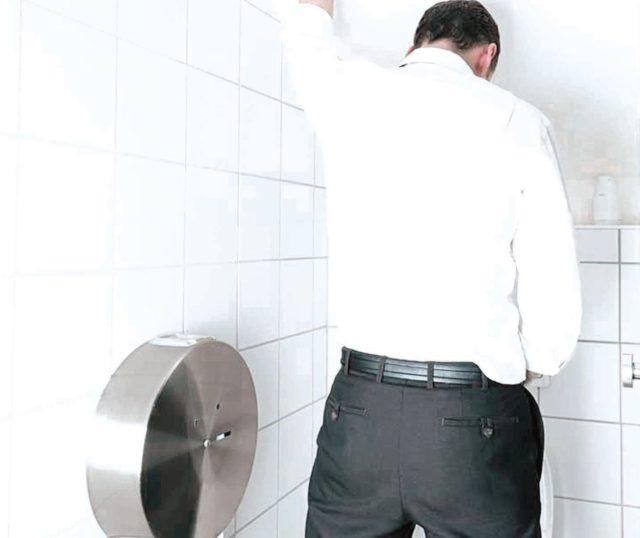 Повышению мужской силы в наибольшей степени способствуют упражнения на пресс, приседания